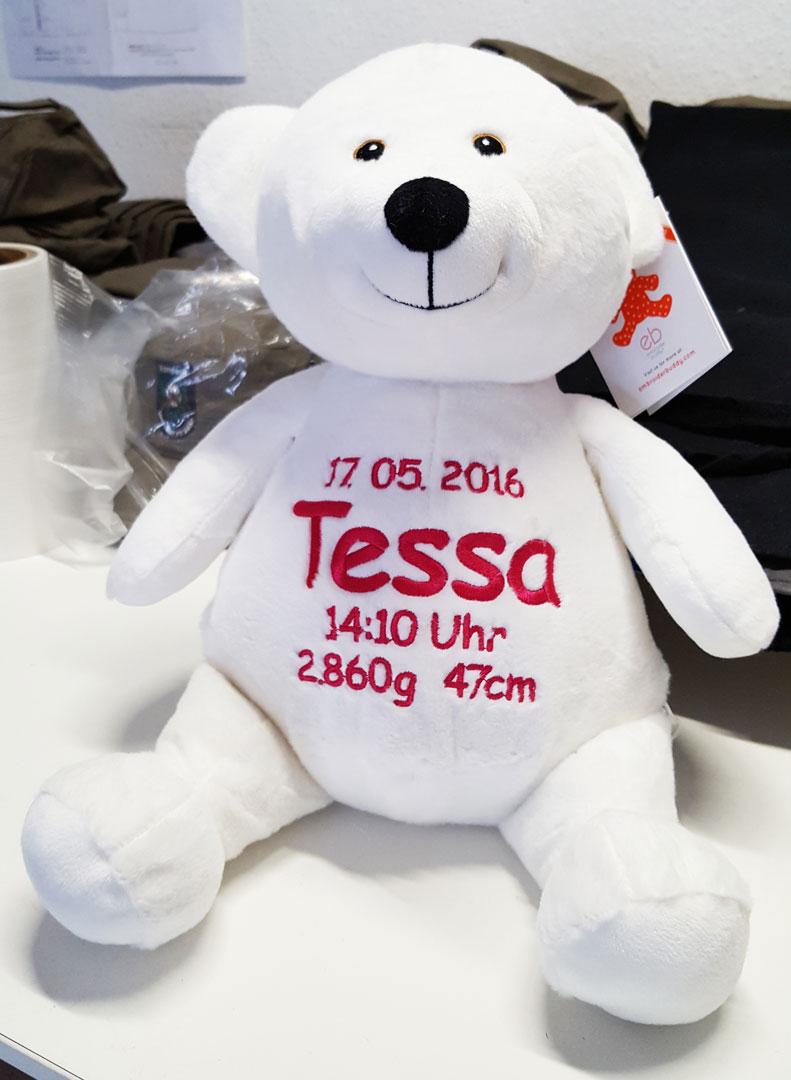 Plüschtier Eisbär mit Namen und Geburtsdaten