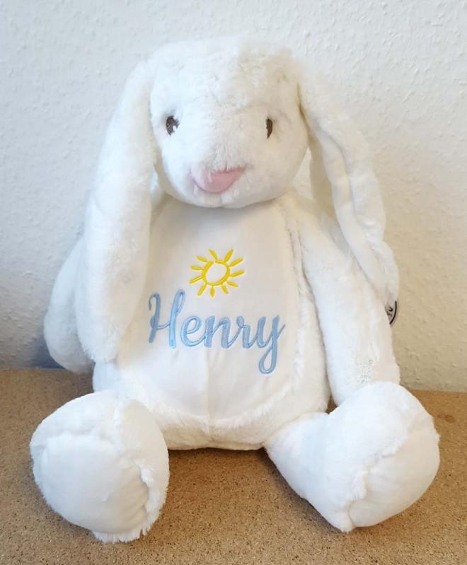 Süßer Schlappohrhase mit besticktem Namen Henry und Stickmotiv Sonne