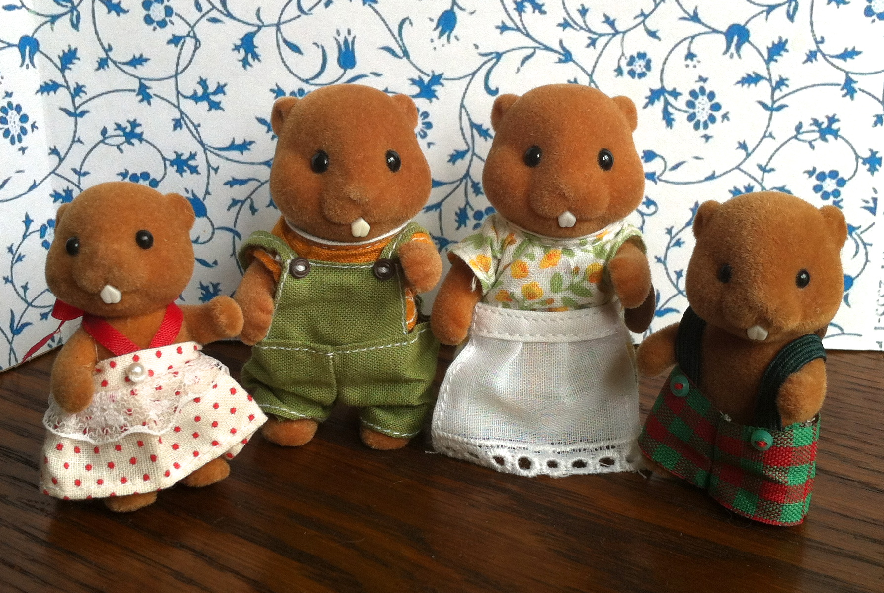 Teddy Bears Amp Friends Sylvanian Families Waters Beaver