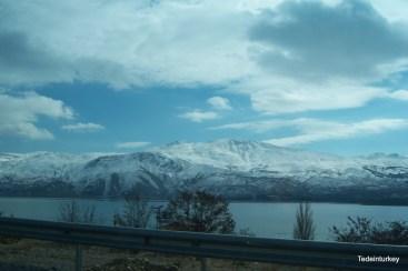 Végig a tó partján vissza, Diyarbakirba