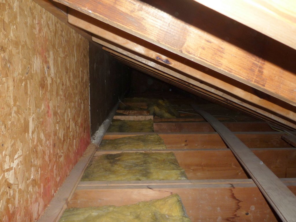 Incomplete Insulation At The Knee Wall Ted S Energy Tips