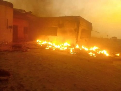 2019-election-INEC-office-set-ablaze-in-Plateau-state-lailasnews-1-547x410-500x375