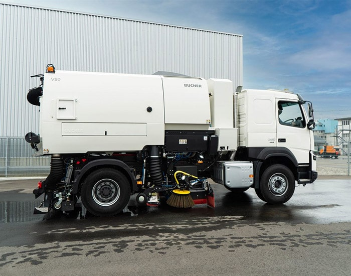 truck-mounted-v80-road-sweeper