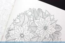 Krāsojamā grāmata pieaugušajiem Johanna's Christmas - ziedu mandala