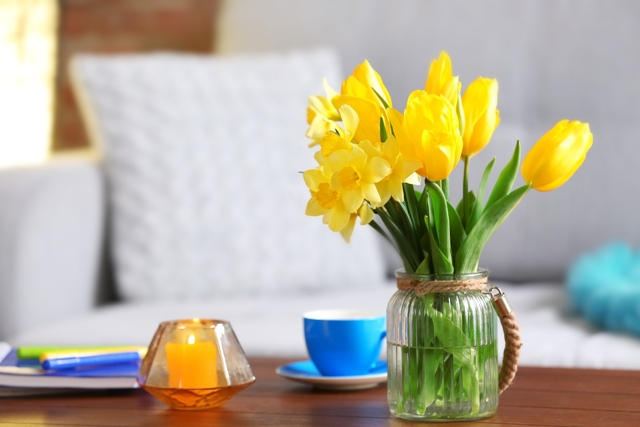 10 Spring Home Décor Tips + Items to Spruce Up Your House