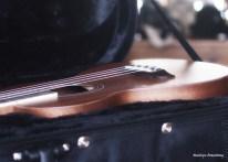 72-glowing-ukulele-13112016_09