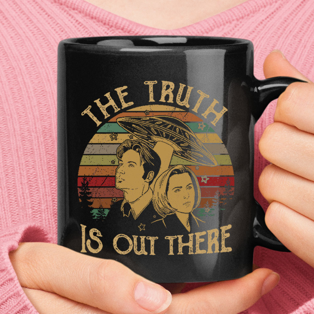 The Truth Is Out There Alien X-files Vintage Black Mug 1