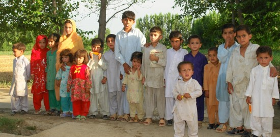 Kids at Prakhro Dera
