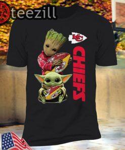 Baby Yoda and Baby Groot hug Kansas City Chiefs Tshirts