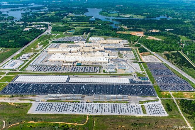 Fabrica de Toyota y Mazda
