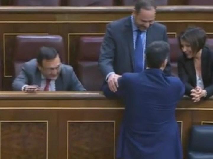 02/03 Pedro Sánchez no aconsegueix el suport necessari