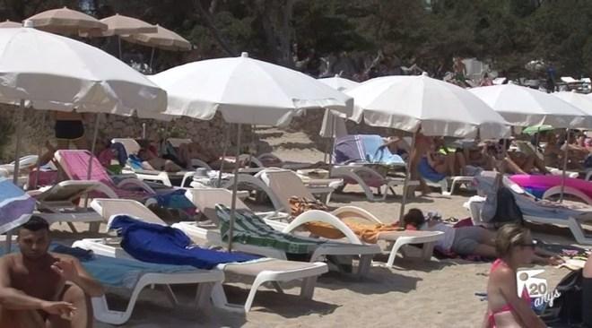 13/04 Estudien com al·legar en contra de la subhasta de platges de Sant Josep