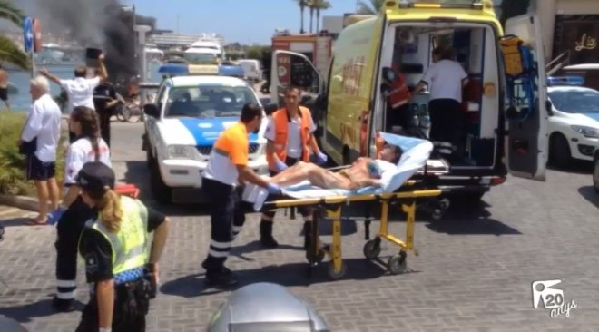 24/07 Dos ferits molt greus després d'incendiar-se el seu barco a Marina Ibiza