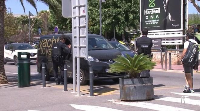 02/08 Policia de Sant Josep a l'Aeroport d'Eivissa de forma permanent