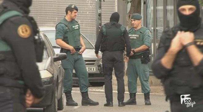 25/10 Reaccions a l'operació contra el yihadisme a Sant Antoni