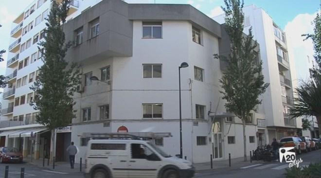 08/11 Polèmica amb el nou alberg de Vila