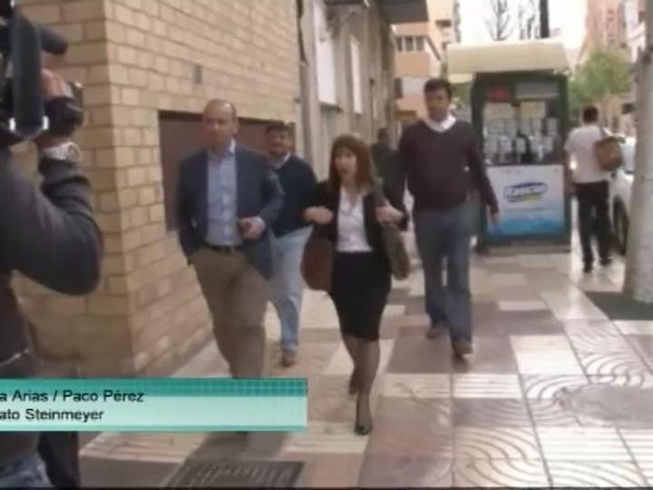 29/05 Sònia Cardona ha declarat als jutjats d'Eivissa com a investigada per prevaricació administrativa en el cas del borsí de bombers.