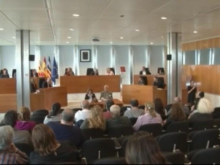 24/05 La regulació dels lloguers turístics ha generat tensions entre els socis de govern del consell.