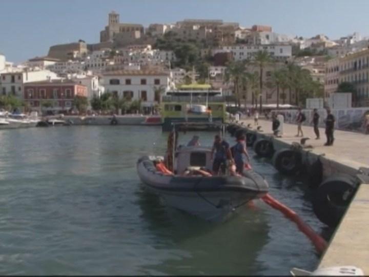 20/08  Vessament d'aigües fecals al port d'Eivissa