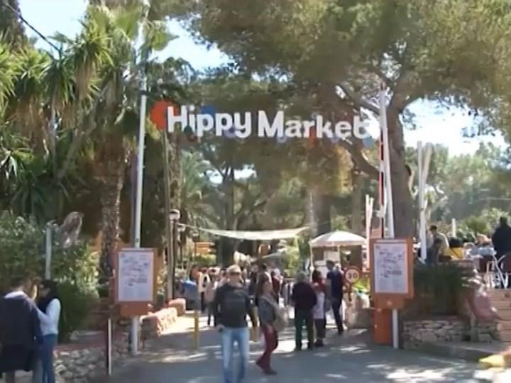 03/04/2019 El hippy de Punta Arabí obre les seve portes.