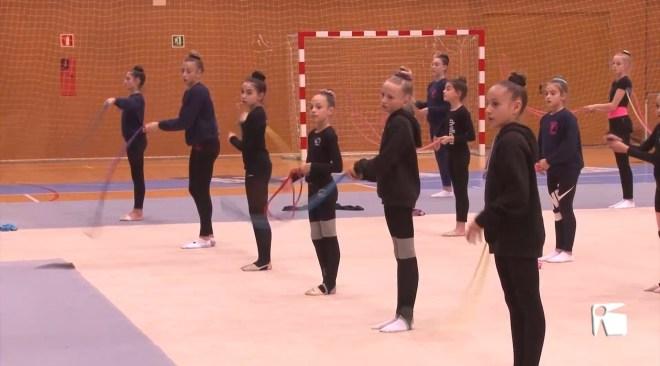 12/12/2019 Linoy Ashram entrena amb les gimnastes eivissenques