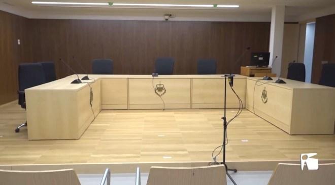 02/12 Estrena del nou edifici dels Jutjats d'Eivissa, amb pros i contras