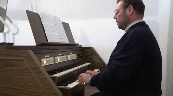 12/03/2020 L'església de Jesús té un nou orgue