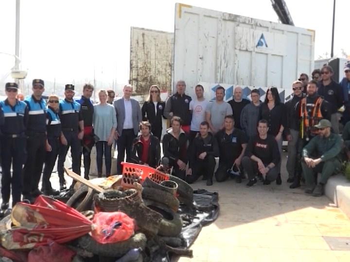 02/03/2020 Nova neteja del fons marí del port de Sant Antoni