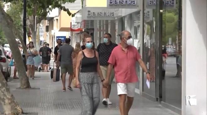 26/08/2020 Prohibit fumar al carrer i mascareta obligatòria a la feina