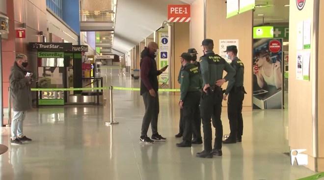 25/01/2021 La Guàrdia Civil controla que la gent entra i surt d'Eivissa només per motius justificats