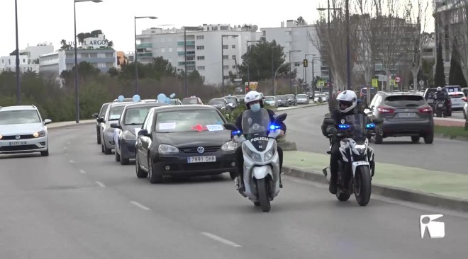 """15/02/2021 Els sanitaris d'Eivissa protesten amb contundència: """"Hem declarat la guerra al Govern"""""""