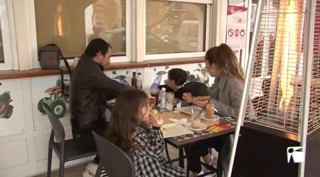 02/03/2021 Obren els bars de Formentera a mig gas