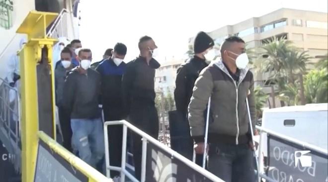 04/05/2021 Delegació del Govern alaba el campament per a immigrants