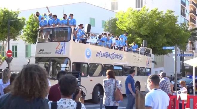 24/05/2021 Calorosa acollida de l'UD Eivissa al Reina Sofia