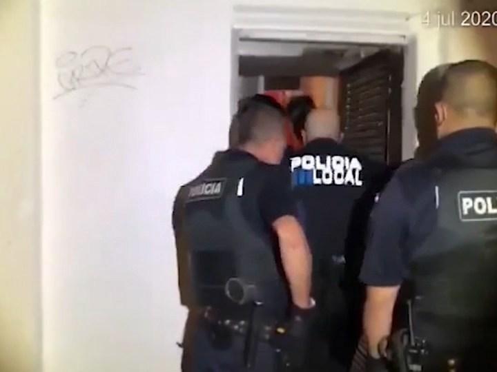 27/07/2021 Investigadors infiltrats per detectar festes il·legals