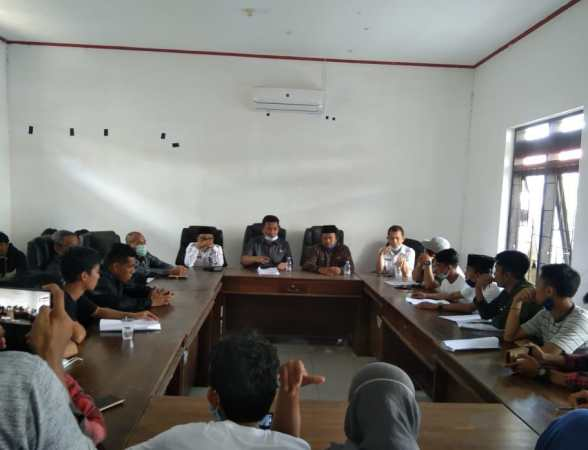 Pertemuan antara AWP bersama ketua DPRD Konkep dan Kadis Dikbud Konkep