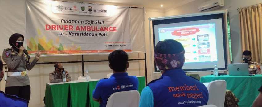 Pelatihan sopir ambulans LAZISMU di Jepara
