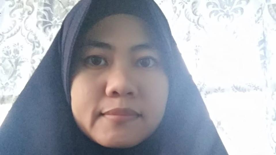 Ninis (Aktivis Muslimah) Editor: H5P