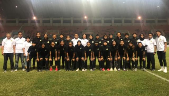 "Tira Kabo Kartini Tegabung di Grup ""Neraka"""