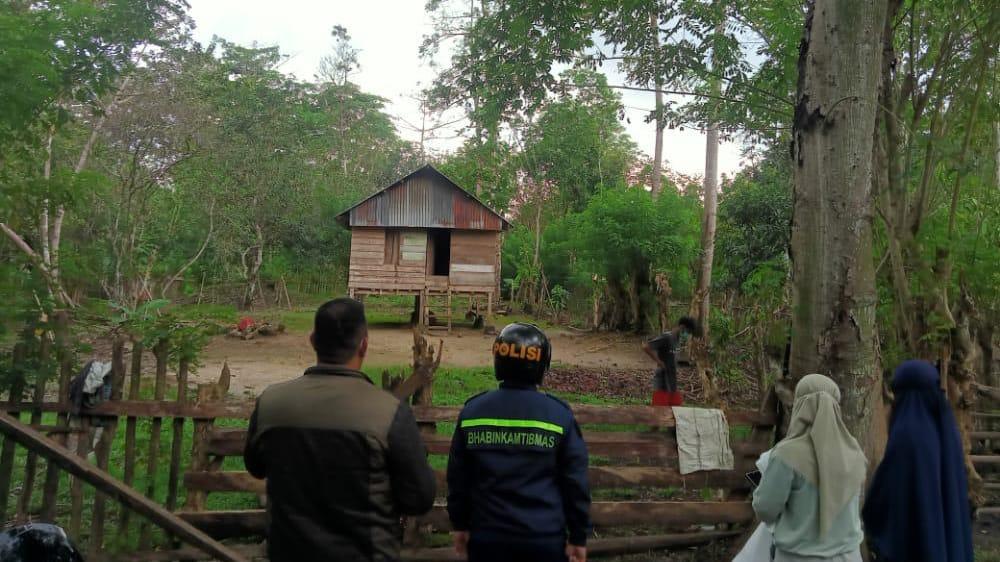 Rumah tempat isolasi mandiri pasien covid-19 yang lari dari RS Antam Pomalaa