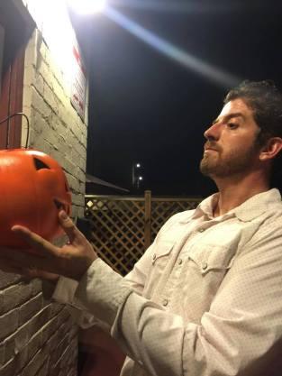 t-e-grau-author-photo-halloween-2015