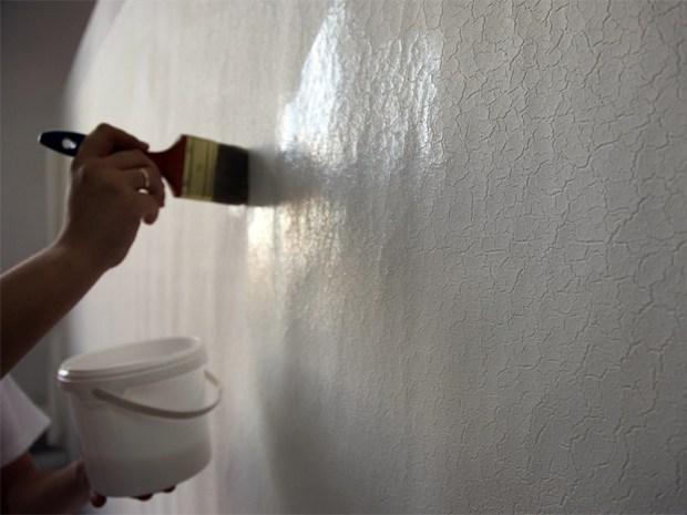 Грунтовка стен и потолка
