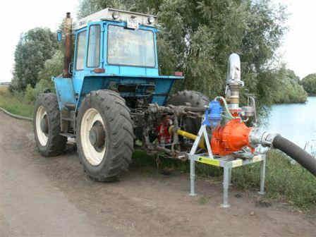 Насосная станция малой мощности с приводом от ВОМ