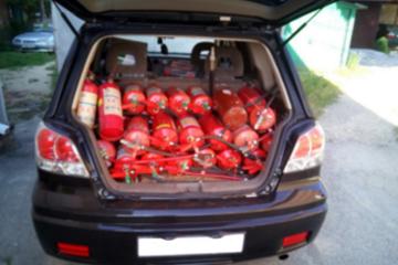 Какой огнетушитель нужен в автомобиль