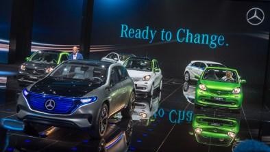 Mercedes generation EQ in električni smarti.