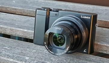 Panasonic TZ 100 je prvi fotoaparat, ki kombinira majhnost z večjim tipalom in daljšim zumom.