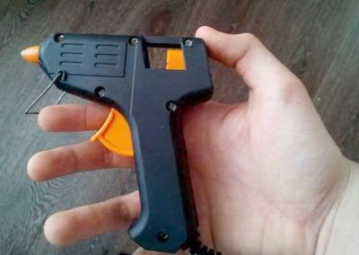 Kleevoi pistolet 3