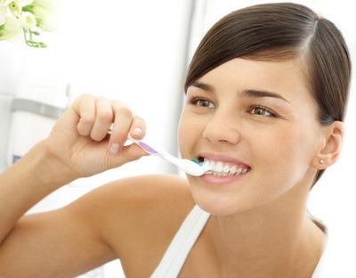 Зубная щетка. Виды и работа. Применение и как выбрать. Особенности