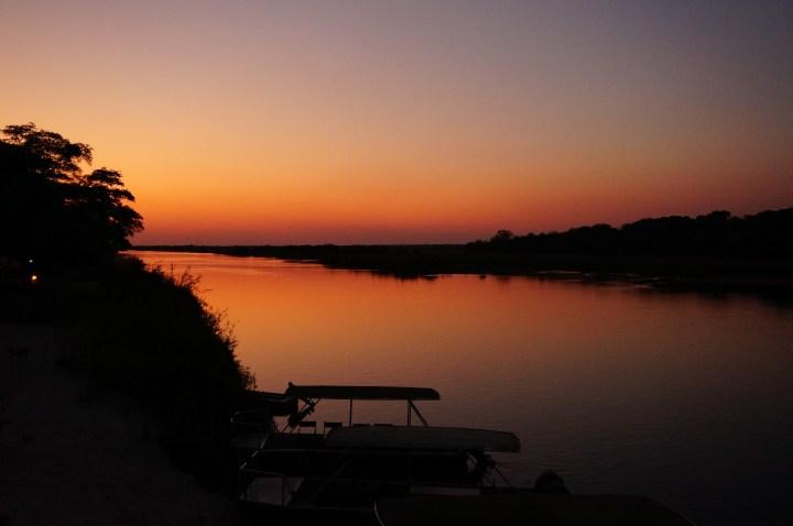 Sonnenuntergang Hakusembe River
