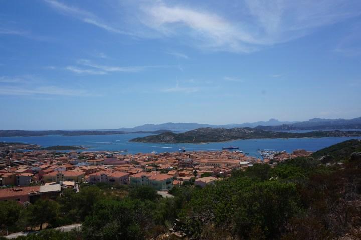 Ausblick auf La Maddalena Stadt